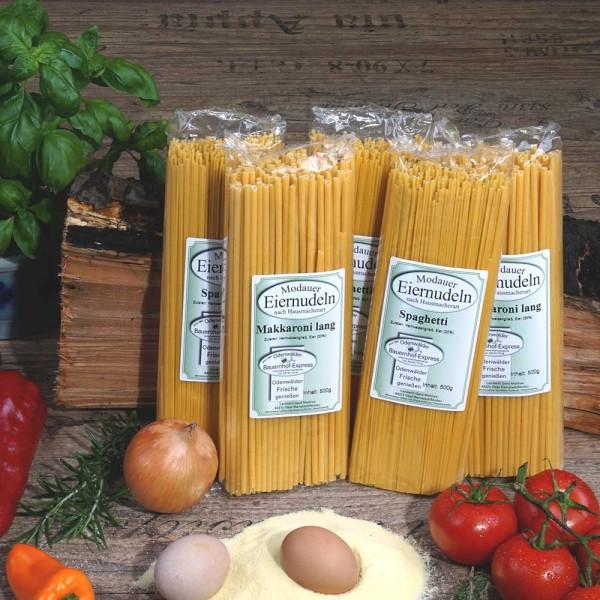Auswahl leckerer Spaghetti und Makkaroni zum Sonderpreis
